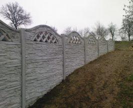 Jak na montáž betonového plotu