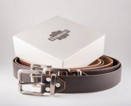 Ručně vyráběné kožené opasky dodají eleganci