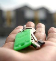 Zájem o hypotéky mírně roste. Přesto jich je o 13 000 méně než loni
