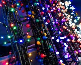 Zdobíme balkon vánočními světýlky