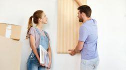 Tapety do moderního interiéru patří. Jak je správně vybrat?