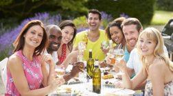 Uspořádejte si v létě parádní garden party